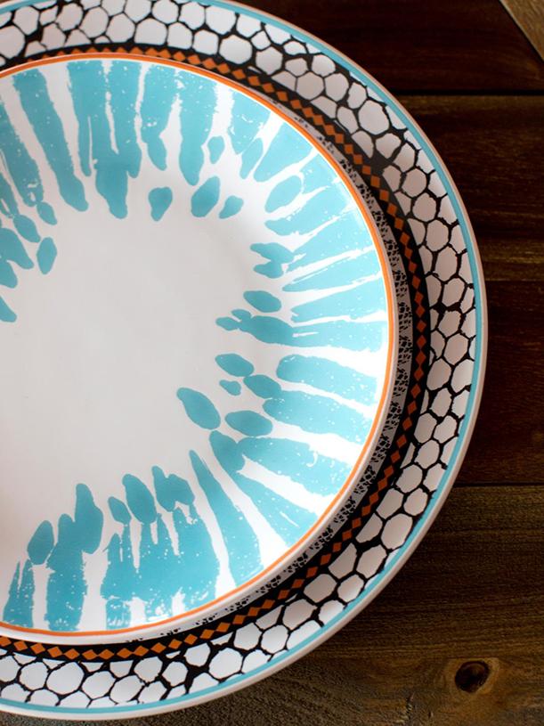Original-BPF-Spring-House_interior_citrus-tablescape_plates_v.jpg.rend.hgtvcom.1280.1707