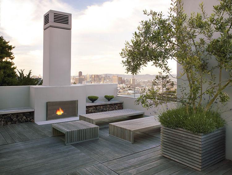 Outside_Chaiken_Hamilton_roof_deck