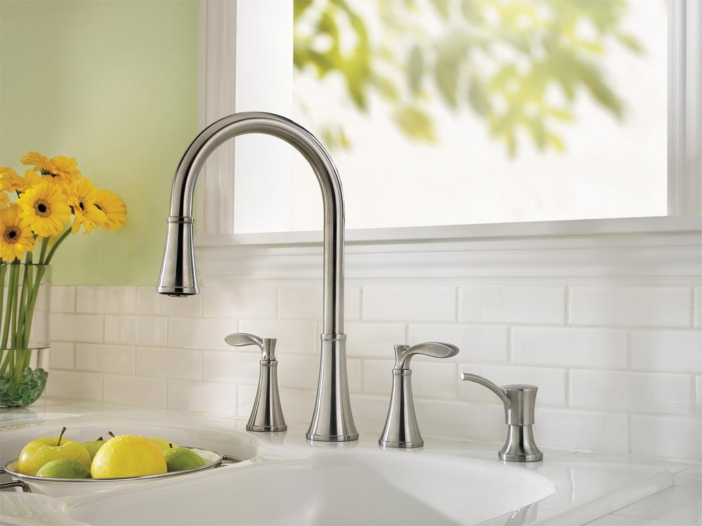 danze-kitchen-faucet