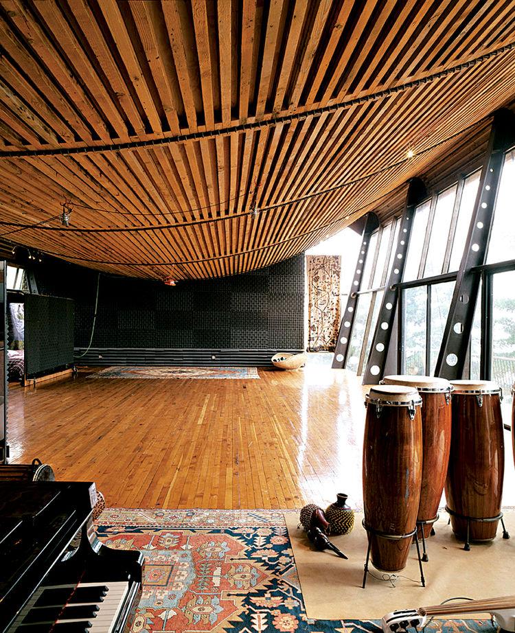 Barclays Barn Recording Studio, Big Sur, CA. Architect: Mickey Muenning