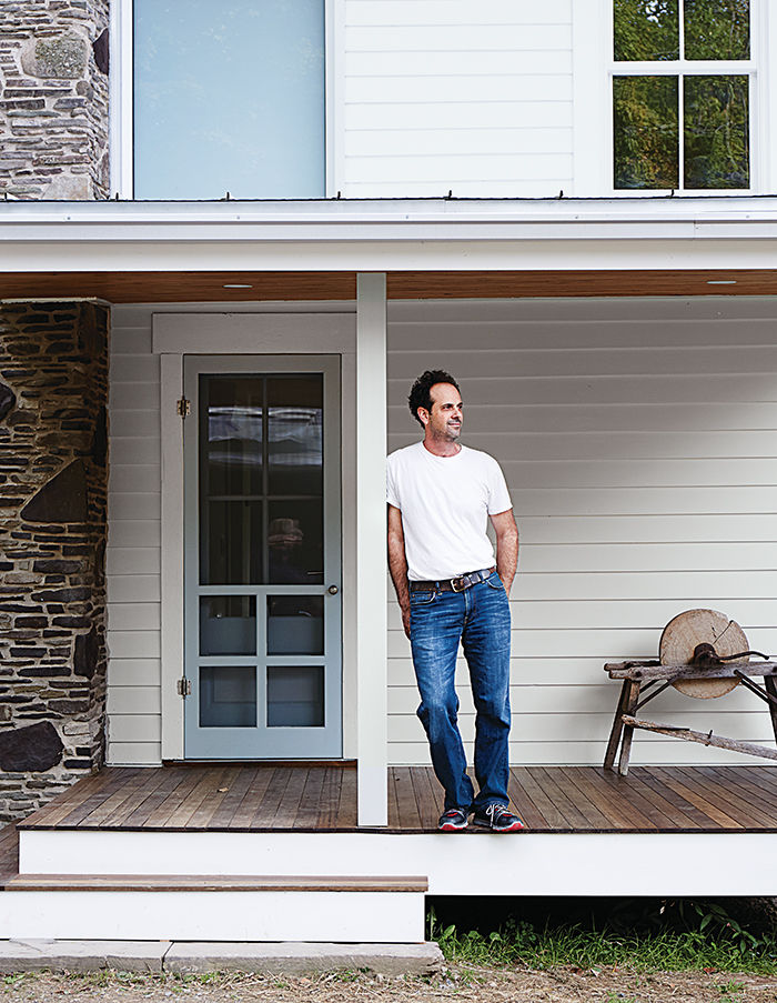 twisted_sister-tom-givone-dwell-store-portrait-porch-exterior
