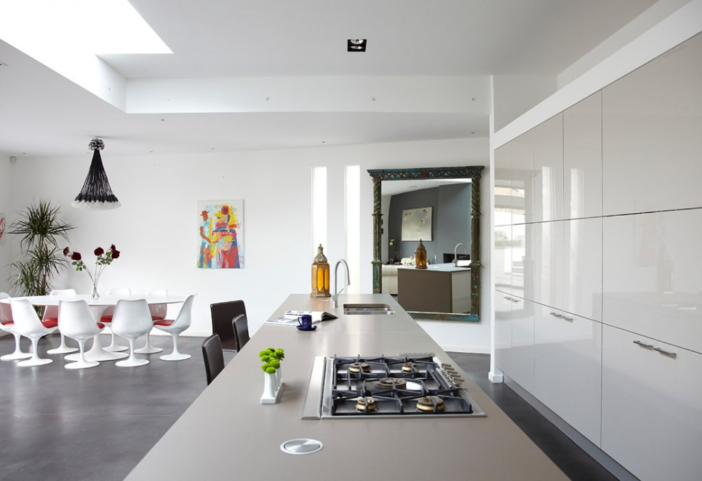 House-tour-beautiful-modern-white-coran-kitchen-cabinets