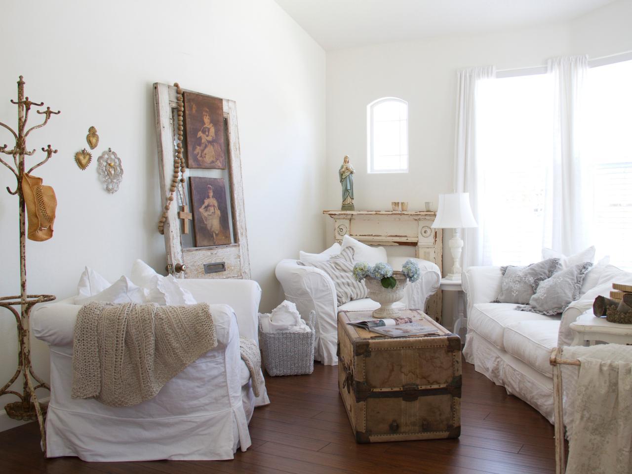 Original_Dustylu-Interiors-full-living-room-shot-shabby-chic_s4x3.jpg.rend.hgtvcom.1280.960