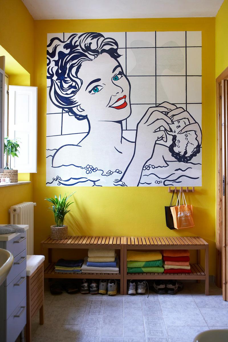modern-interior-house-bathroom-pop-mural-interior-wall-art-design-yellow-colored-wall-paint-white-ceiling-color-interior-art-design-interior-architecture-inspiring-interior-art-design-for-house