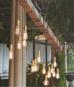 bombillas-de-filamentos-decoracion-872x1024